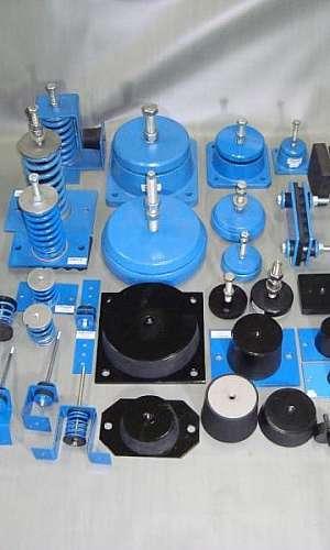 Amortecedor de impacto e vibração para equipamentos industriais