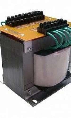 Transformador isolador com blindagem eletrostática